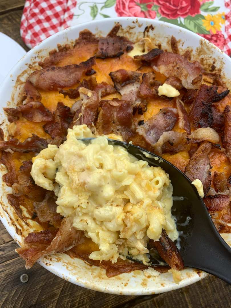 Baked Mac and Cheese with Ritz Crackers and Bacon